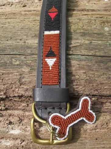 Hundehalsband mit afrikanischem Design