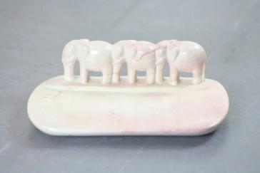 Schale mit Elefanten